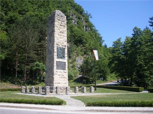 Foto Album Spomenik Hrvatskoj Himni Lijepa Nasa Domovino